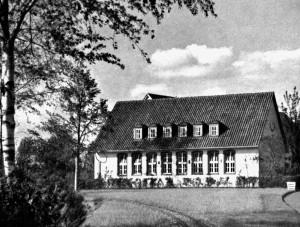 A456 Das Nebengebäude des HJ‐Heims mit Turnhalle Q Schönheit der Arbeit 10.1937.258