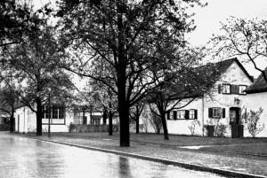 A741 Die Grundstücke 12, 11 und 10 (v.l.) in der Künstlersiedlung Q MBS 1937.233