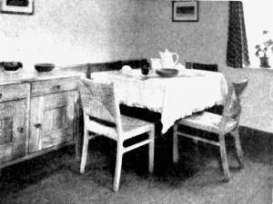 A742 Essecke in einer Musterwohnküche Q privat