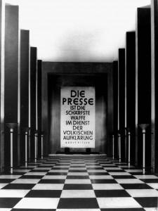 Ah10 Die Ausstellung 'Presse' in den Fahrenkampschen Bauten Q StAD005.163.127
