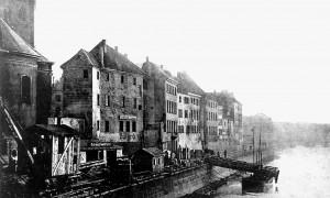 A151 Ein Blick auf die Rückfront der Häuser an der Krämerstraße im Jahre 1896 Q StAD 033.100.044